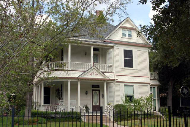 Photo of the Eugene Edge home in historic Bryan Texas